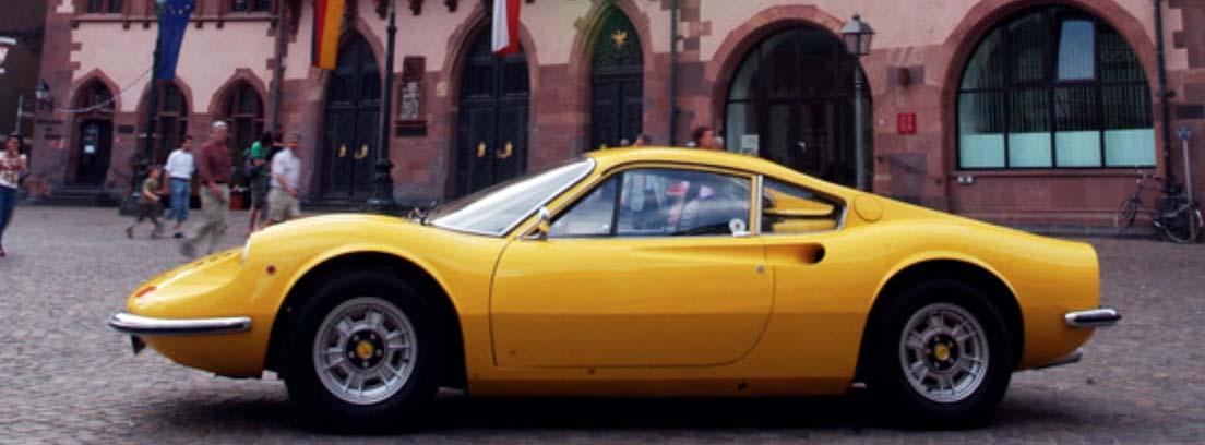dino 246 Gt en amarillo