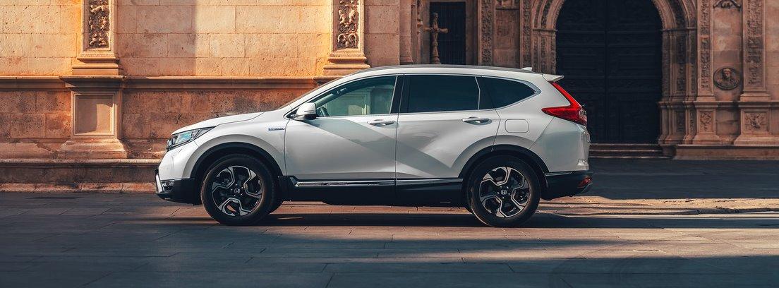 Honda CR-V Hybrid, lateral