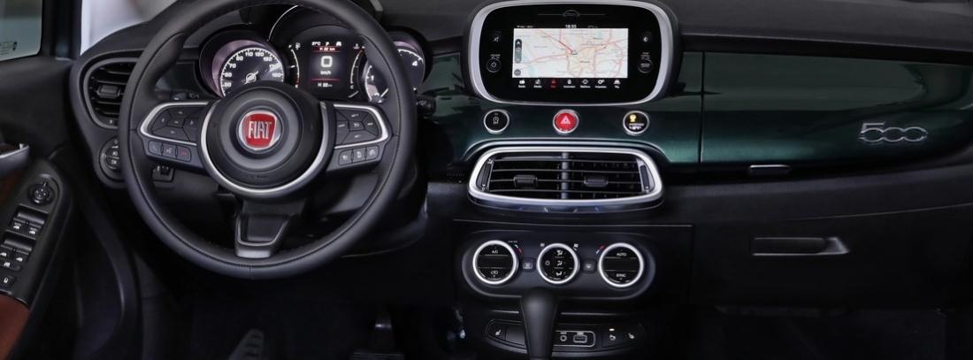 Parte interior delantera del Fiat 500 X