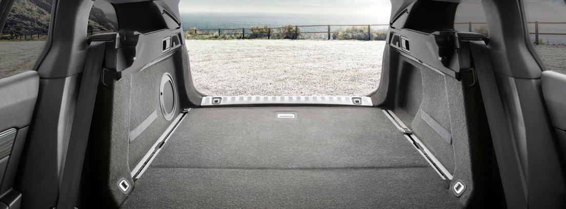 Maletero del Peugeot 508 SW con los asientos abatidos