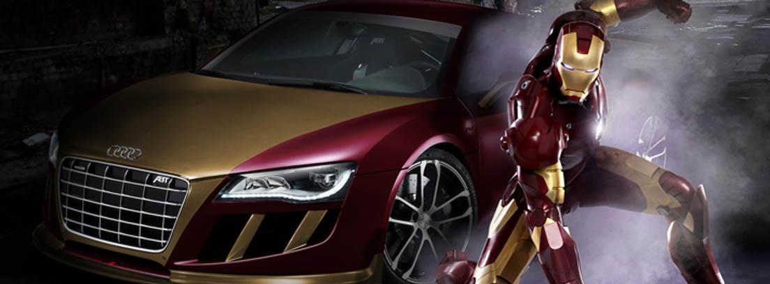 Iron Man junto a uno de sus coches