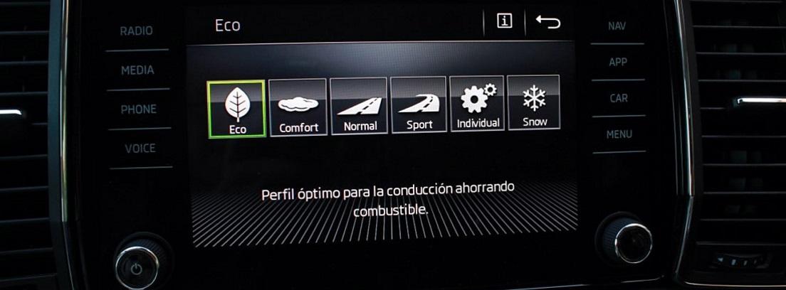 Pantalla digital del Skoda Kodiaq que muestra los diferentes modos de conducción