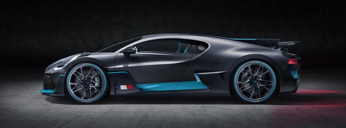 Vista lateral del Bugatti Divo