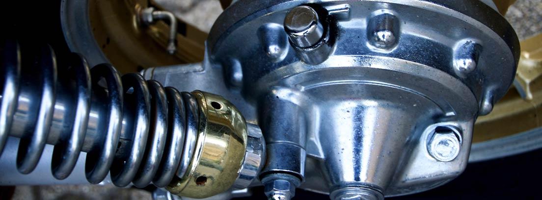 Amortiguador de gas de una moto Yamaha