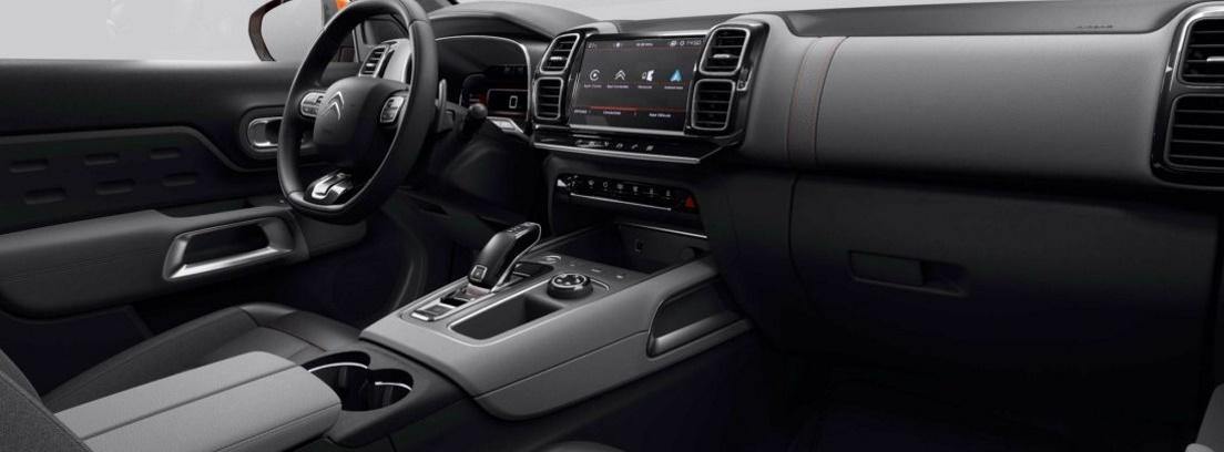 Vista interior del cuadro de mandos delantero del modelo Citroën C5 Aircross