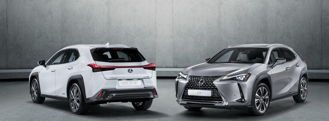 Dos Lexus UX, uno de cara y otro de espaldas