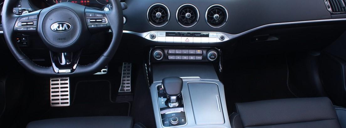 Interior del nuevo Kia Stinger