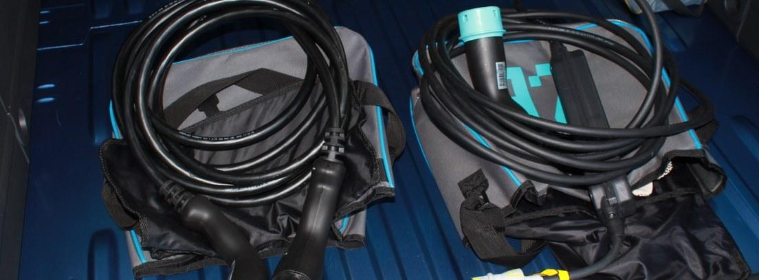 Cables para cargar el nuevo Renault Kangoo Maxi ZE 33