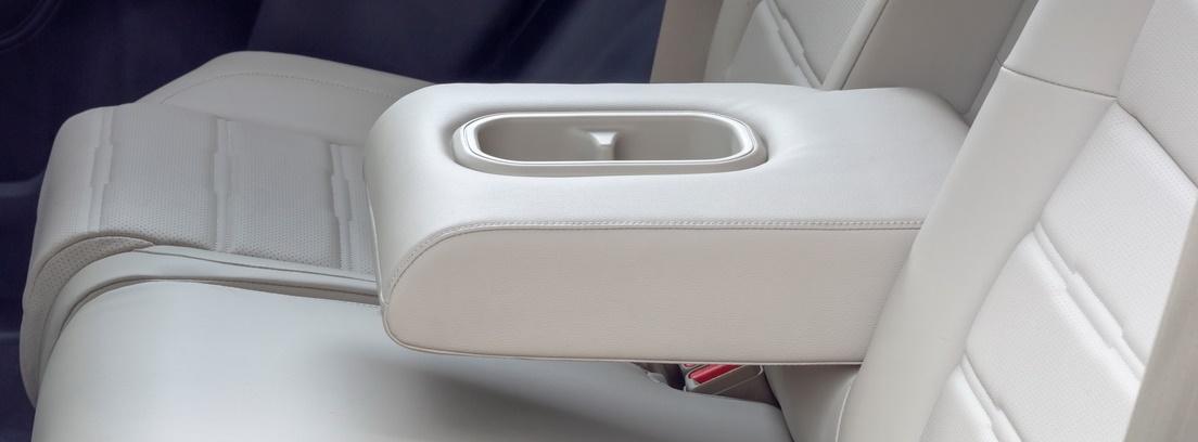 Tapicería en color blanco del nuevo Honda CR-V