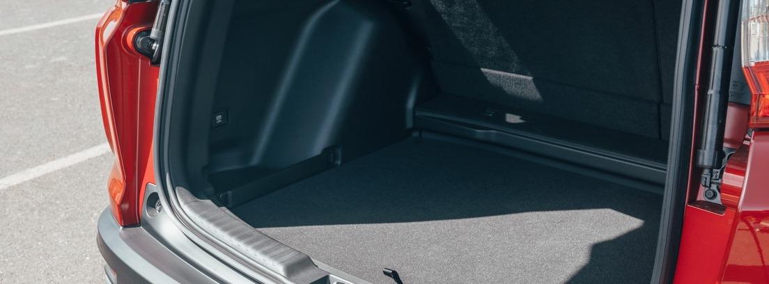 Vista trasera del nuevo Honda CR-V con portón abierto