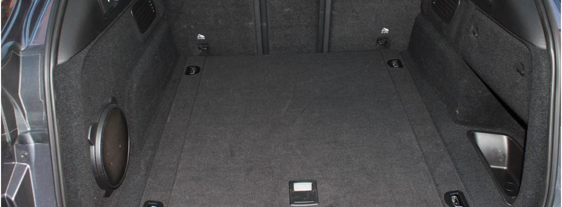 Vista interior del maletero del Alfa Romeo Stelvio