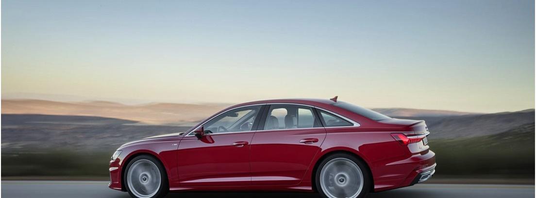 Audi A6 en carretera, vista lateral