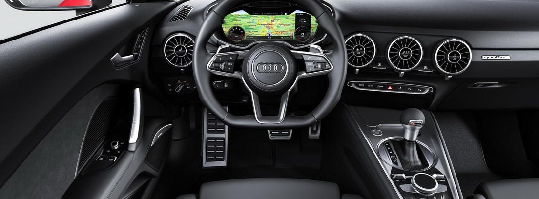 Audi TT 2018, volante