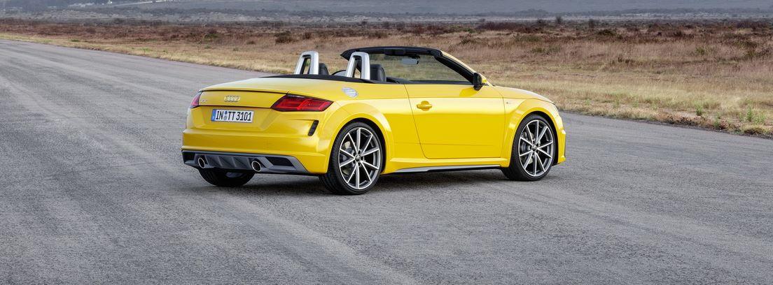 Audi TT 2018 amarillo en carretera