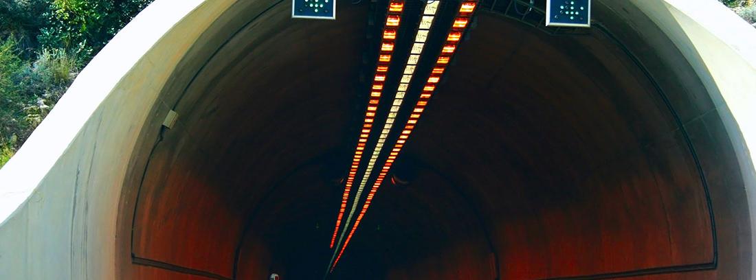 Entrada a un túnel