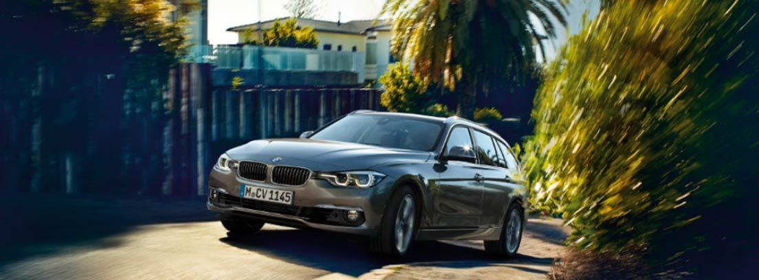BMW Serie 3 Touring circulando