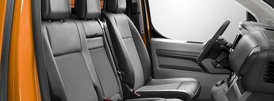 Interior de Opel Vivaro 2019