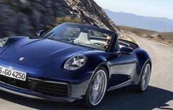 Porsche 911 Cabriolet, en carretera secundaria