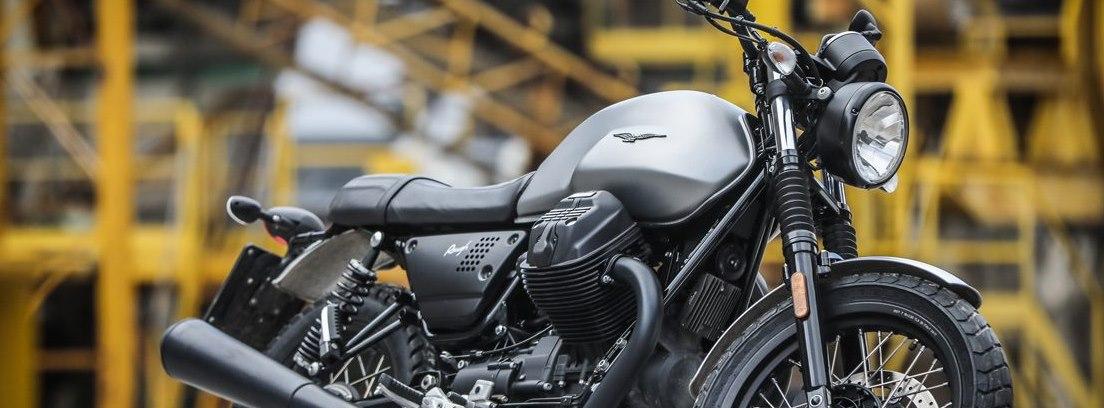 Moto Guzzi vista lateral