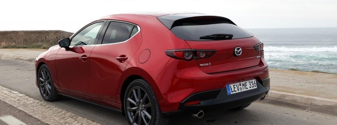 Nuevo Mazda3: versiones Sedán y Hatchback 5 puertas