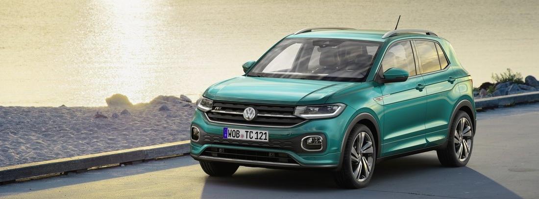 Volkswagen T-Cross en carretera