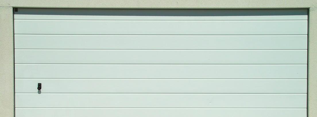 puerta de garaje sin vado permanente