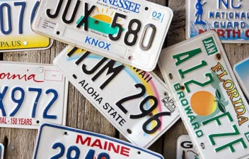 Placas de matrícula de distintos estados