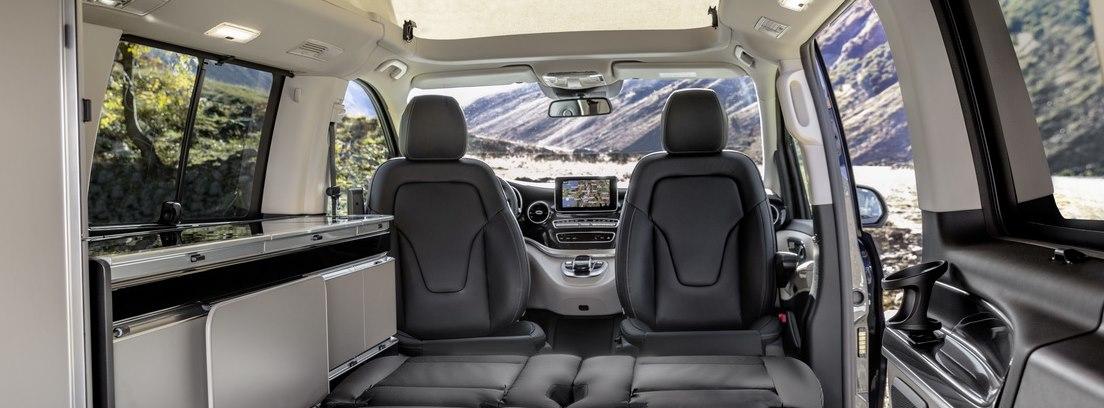 Vista interior trasera del Mercedes Clase V 2019