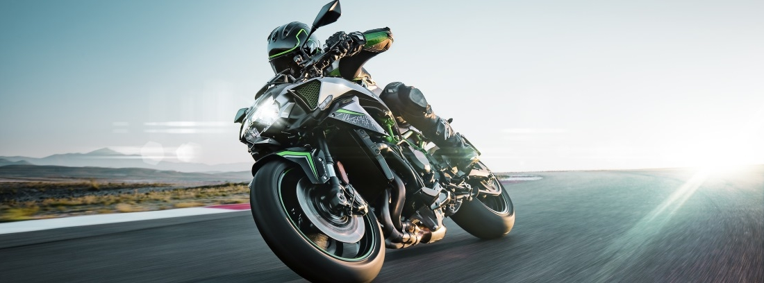 Kawasaki gama Z, la naked más radical