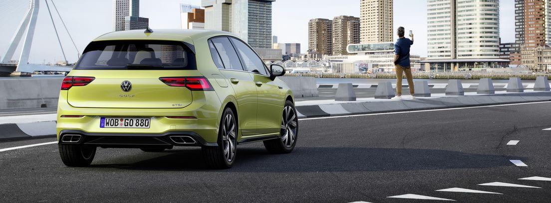 Vista trasera de Volkswagen Golf