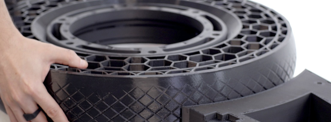 Rueda de la NERA con neumático sin aire impreso en 3D