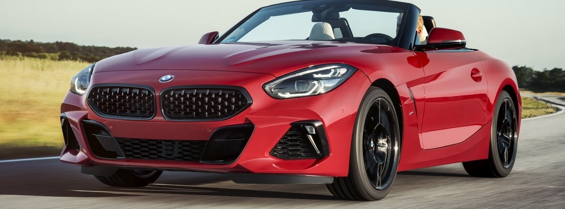 Nuevo BMW Z4 Roadster en carretera