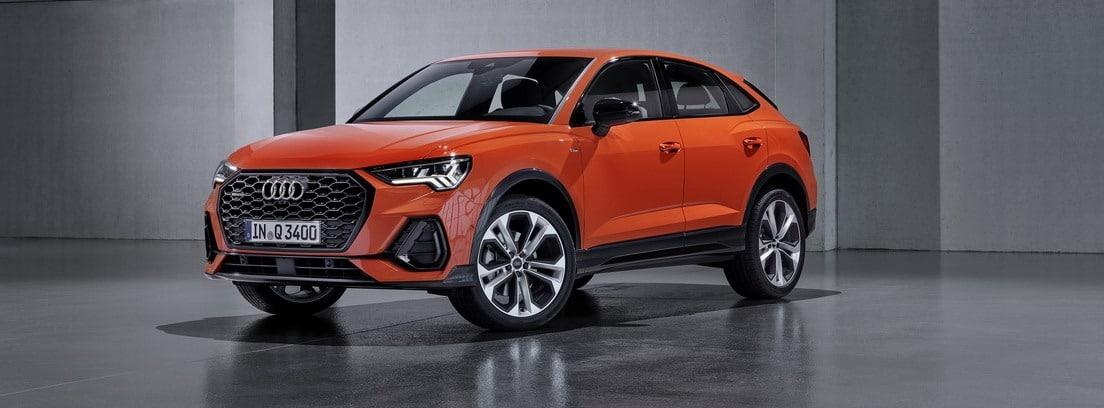 Modelo de Audi Q3 en versión naranja