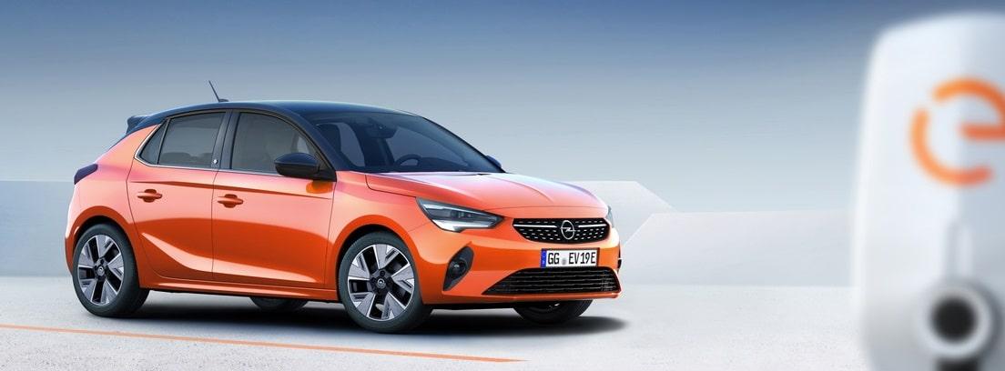 Opel Corsa-e cargando