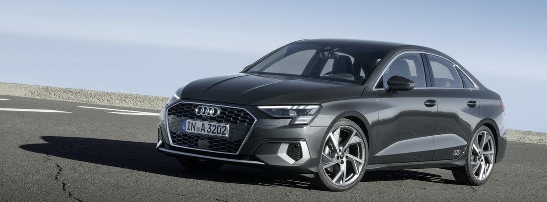 Audi A3 Sedán en carretera