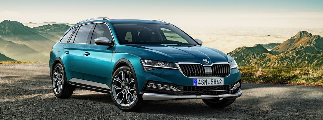 Lateral del Skoda Superb 2019
