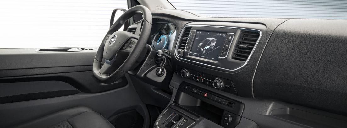 Opel Vivaro-e interior