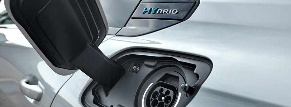 Carga del Peugeot 508 hibrido