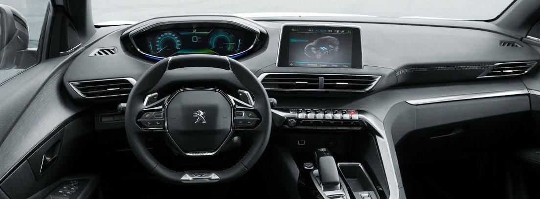 Interior del Peugeot 508 hibrido