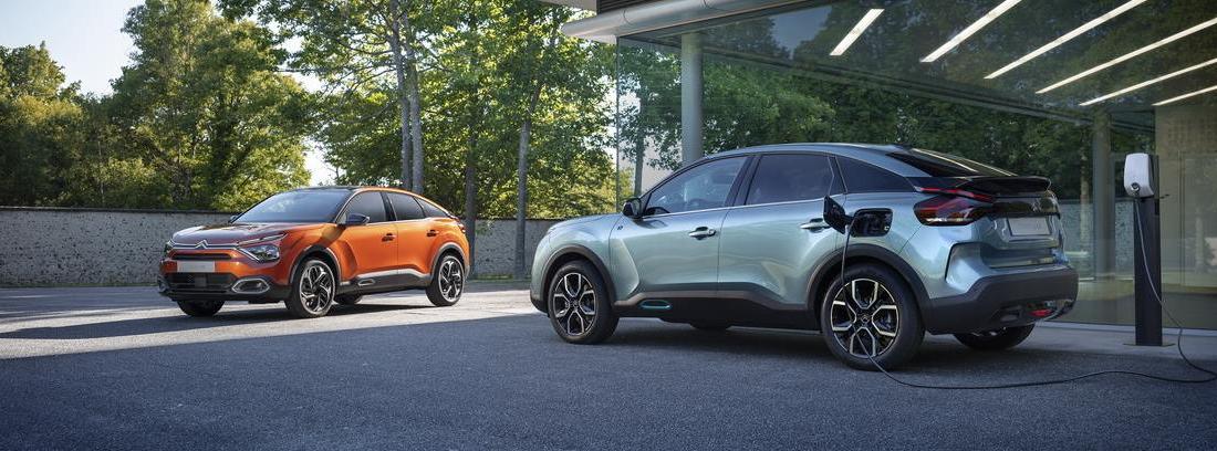 Nuevos Citroën C4 y Citroën ë-C4 en la calle