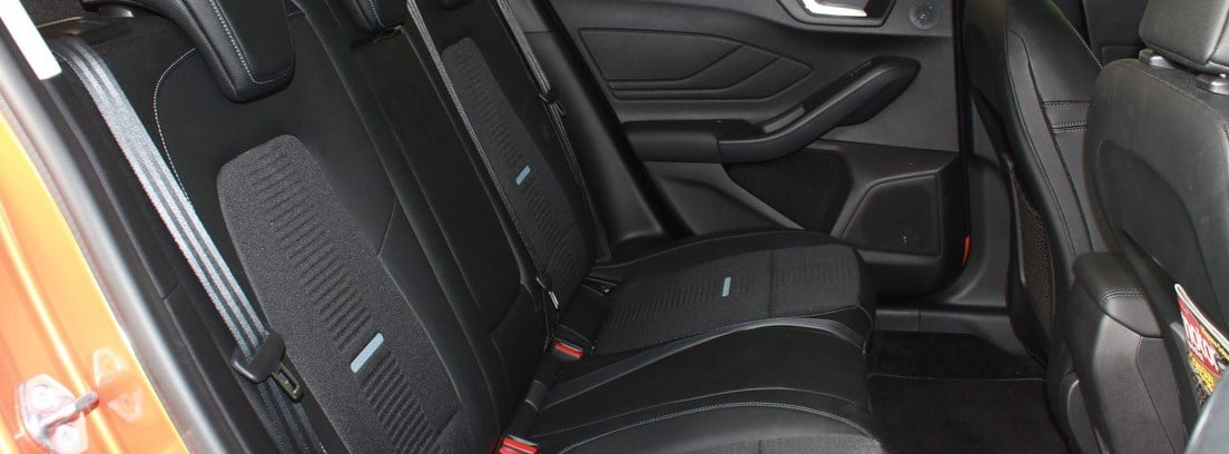 Interior Ford Focus active 1.5 ecoboost 150 cv aut