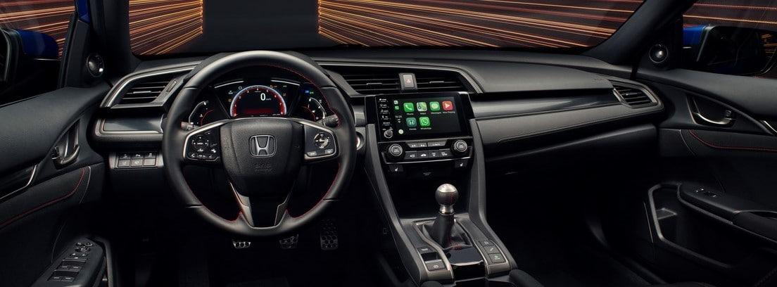 interior y volante del Honda Civic