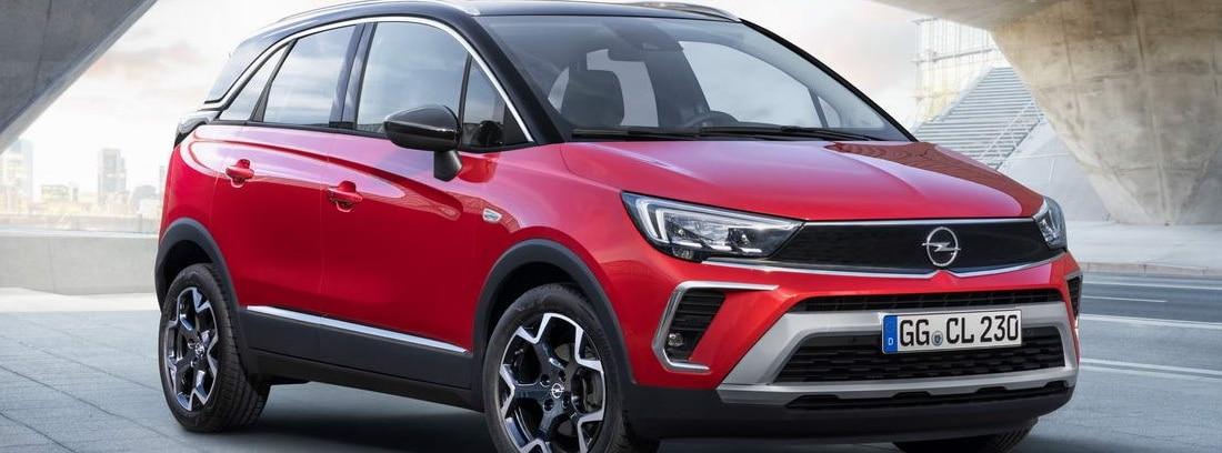 Nuevo Opel Crossland rojo