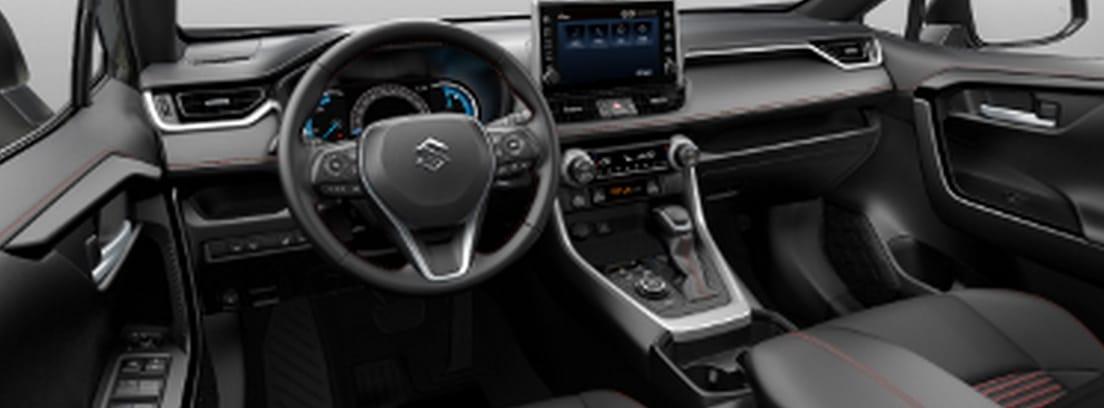 Vista interior del volante y el salpicadero del nuevo Suzuki Across 2021