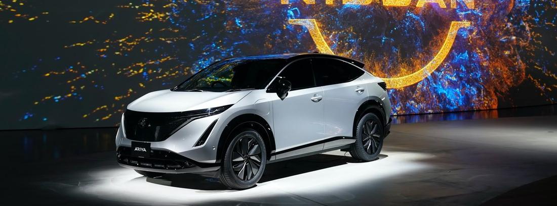 Nuevo Nissan Ariya expuesto en un salón del automóvil