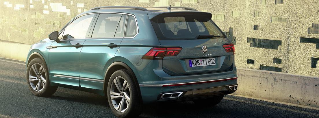 Nuevo Volkswagen Tiguan circulando por carretera