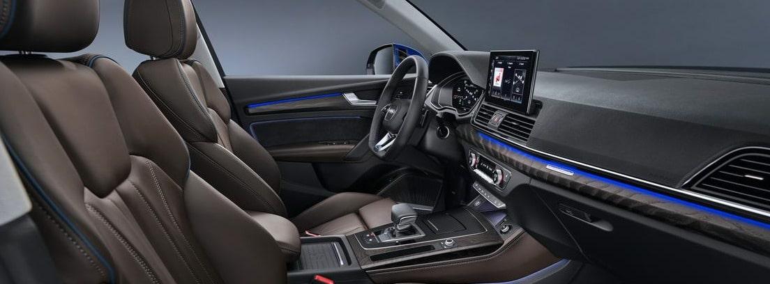 Vista del habitáculo delantero del nuevo Audi Q5 Sportback