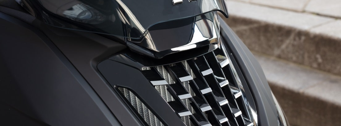 Detalle del morro de la nueva Peugeot Pulsion 125 RS