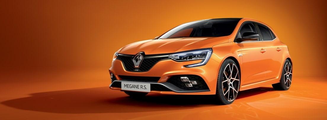 Renault Megane 2020 naranja