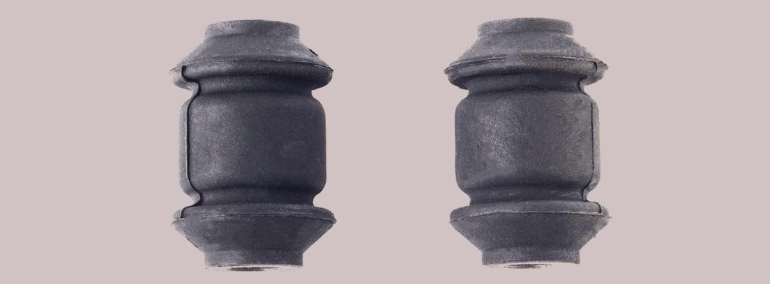 Dos silentblock de una palanca de coche